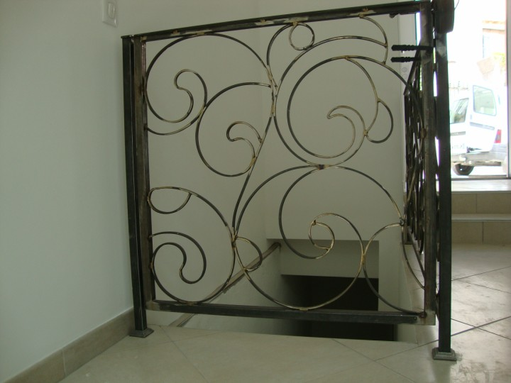 Portillon interieur moderne aubagne fabrication for Portillon interieur
