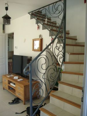 Cr ation rampe d 39 escalier en fer forg type contemporain alpes maritimes - Creation escalier interieur ...