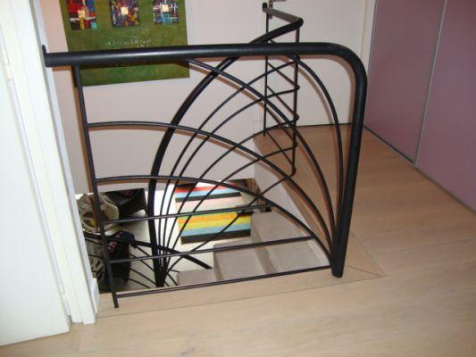 R alisations contemporaines ferronnerie d 39 art bouches du for Escalier exterieur original